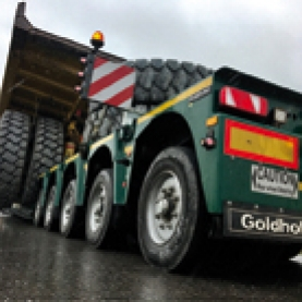 Semi lowloader STZ-VP (285) - The new STZ-VP(285)semitrailer with its special bogie design for extreme construction site operations guarantees maximum axle loads and the highest payloads in the lowbed in even the most challenging terrain!